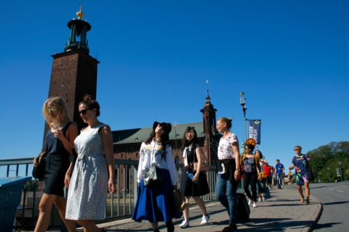 Guided tour continues towards Stockholm Old Town. Photo: Carolina Hawranek